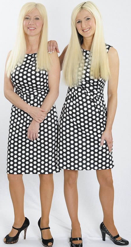 Janet and Jane Cunliffe plastic surgery for mother daughter look alike